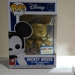 Disney Pop Mickey Mouse gold figure